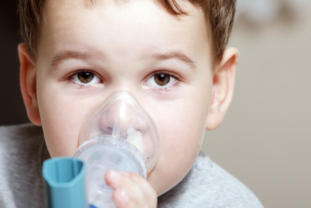 Does Mold Cause Asthma?